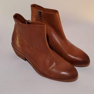 Sam Edwlman Pama bootie western heel brown